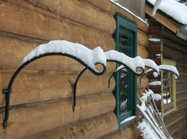 Snow plant hangers